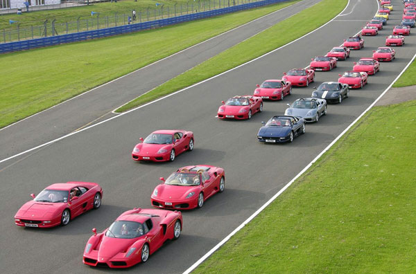 Largest parade of ferrari cars