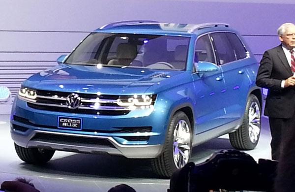 2013-Volkswagen-CrossBlue-Concept