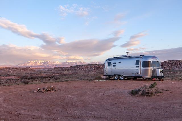 trailer maintenance tips