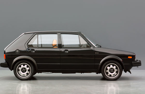 1975-Volkswagen-Golf-GTI