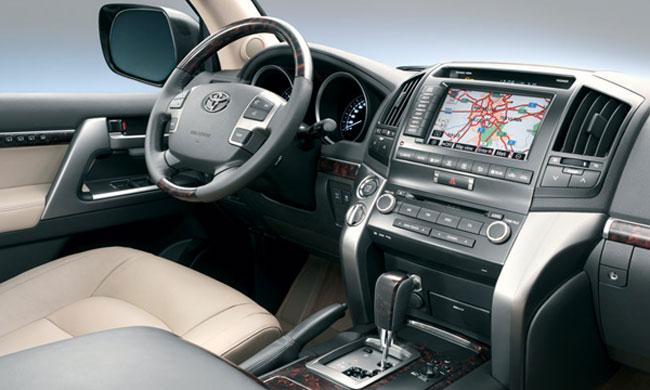 Toyota-Land-Cruiser-Interior