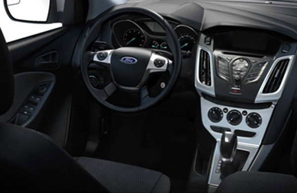 2013 Ford Focus Interior Features – Drive in Comfort and Style
