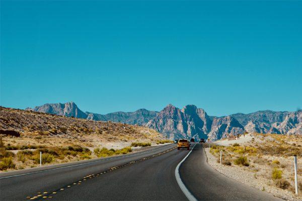 careful-driving-in-high-summer-heat